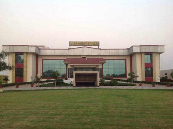 Preet Paradise Sector 29 Karnal - Banquet Hall