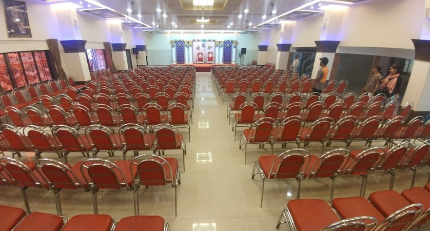 Mahajan Wadi Hall Kalyan Mumbai - Banquet Hall