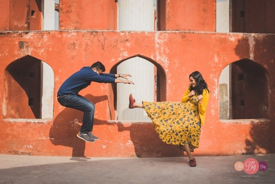 A out-of-the-box idea for a pre-wedding photoshoot