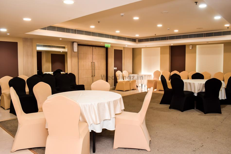 Fortune Park Ellis Bridge Ahmedabad Banquet Hall 5