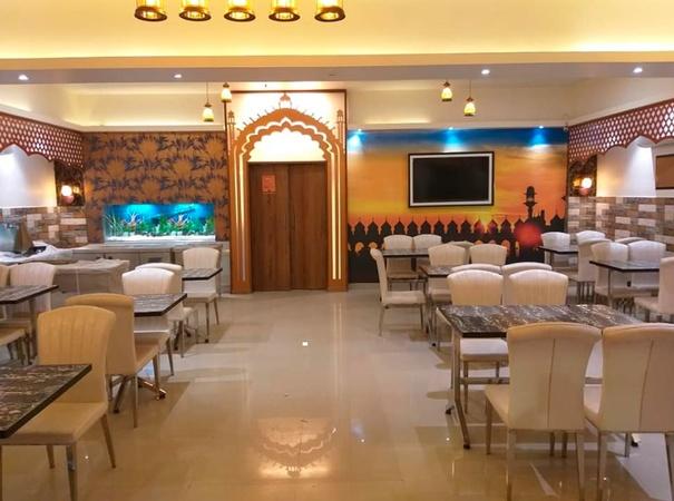 Lakhnavi Chatkara Restaurant Aliganj Lucknow - Banquet Hall