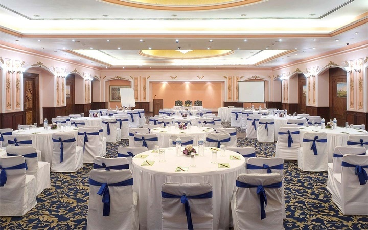 Maple Leaf Banquet Hall Juhu Mumbai - Banquet Hall