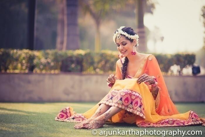 Vibrant hues for Mehndi
