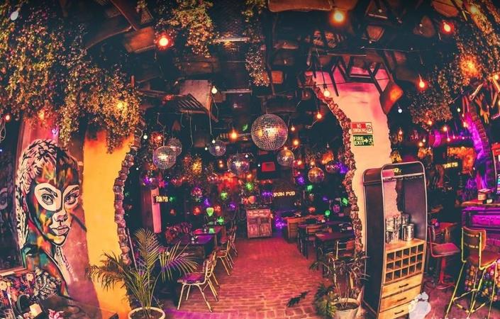 Imperfecto Ruin Pub Sector 32 Noida - Banquet Hall