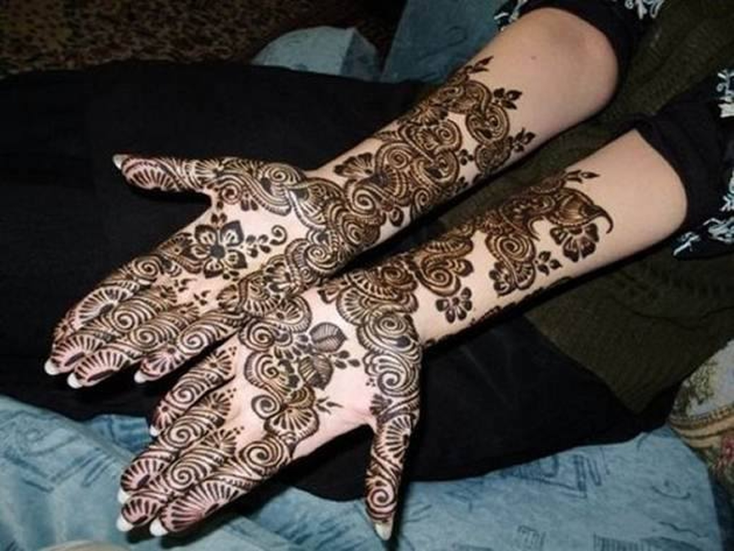Bridal Mehndi Artist In Bangalore : Poonam mehndi tattoos bridal artist in bangalore weddingz