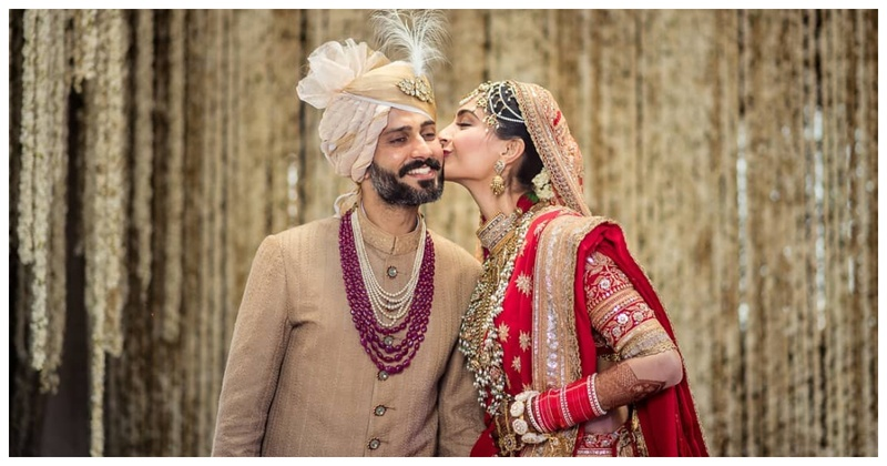 Anand Ahuja tried to pair Sonam with his BFF and we love what happened next!
