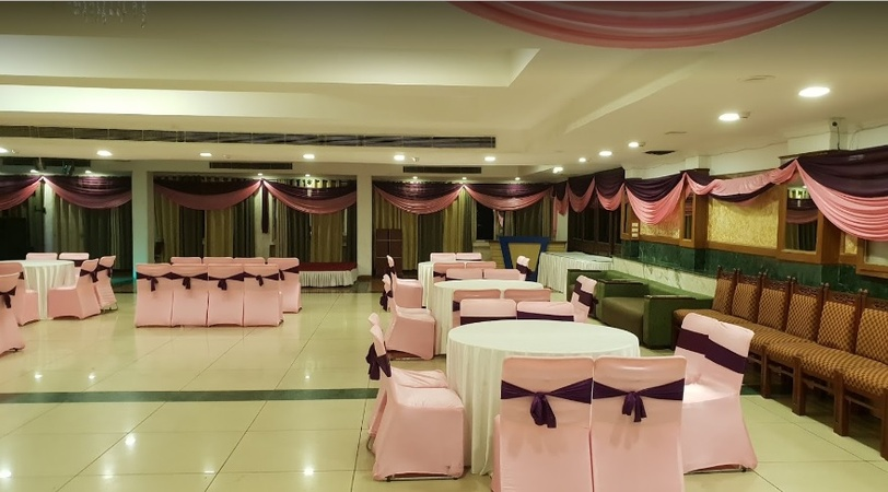 Pallavi Hotels and Resorts Panchkula Chandigarh - Banquet Hall