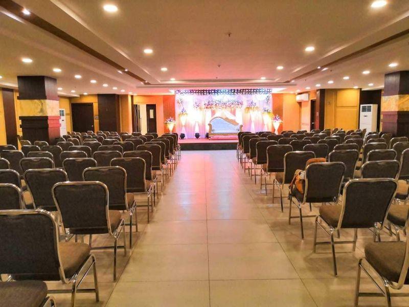 Tree Inn Jubilee, Hyderabad - Large Banquet Halls in Jubilee Hills, Hyderabad