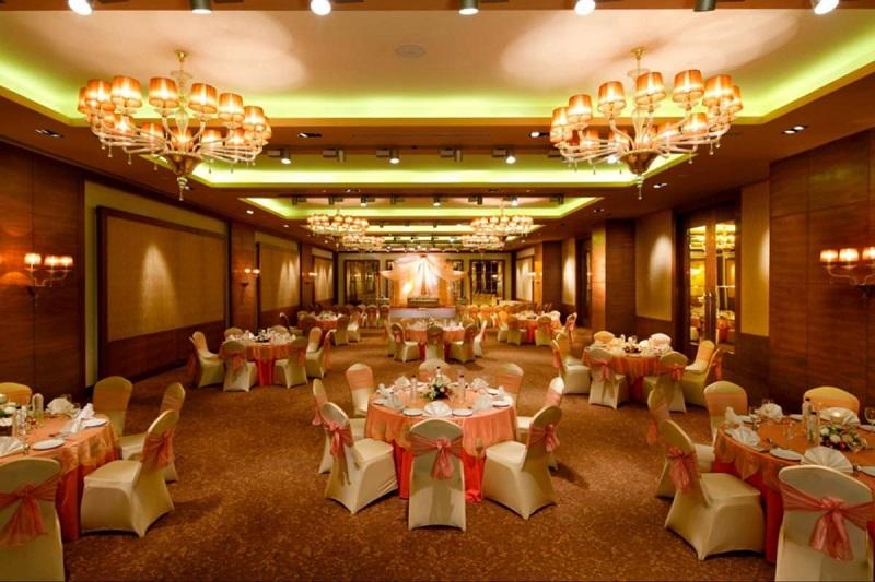 Radisson Blu Hotel, Ahmedabad - Banquet Halls in Ahmedabad
