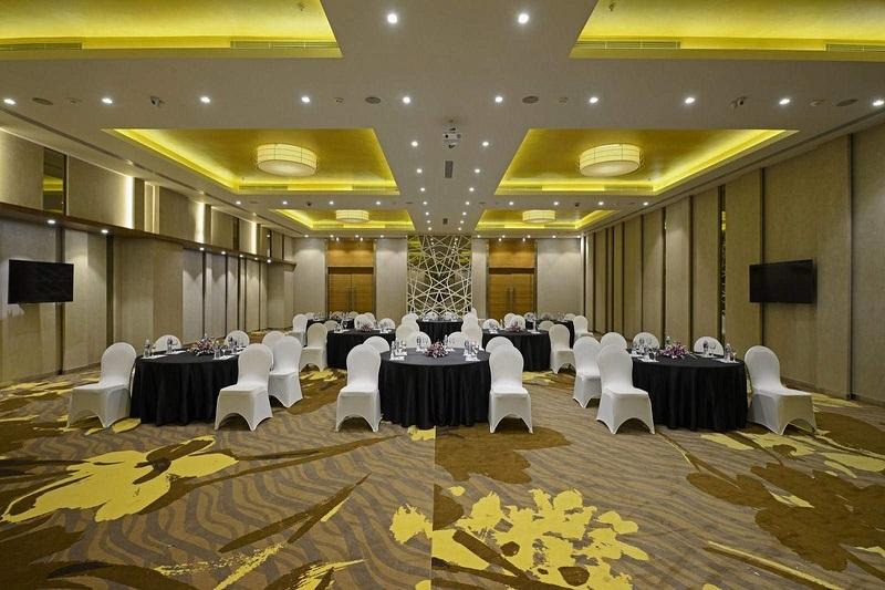 Renaissance Ahmedabad Hotel, Ahmedabad - Luxury Wedding Venues in S G Highway, Ahmedabad