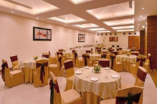 Vijayatej Clarks Inn, Patliputra Colony - Basant Panchami in Patna