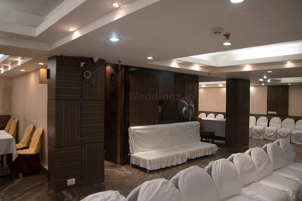 Hotel Green Inn, Esplanade - Basant Panchami in Kolkata