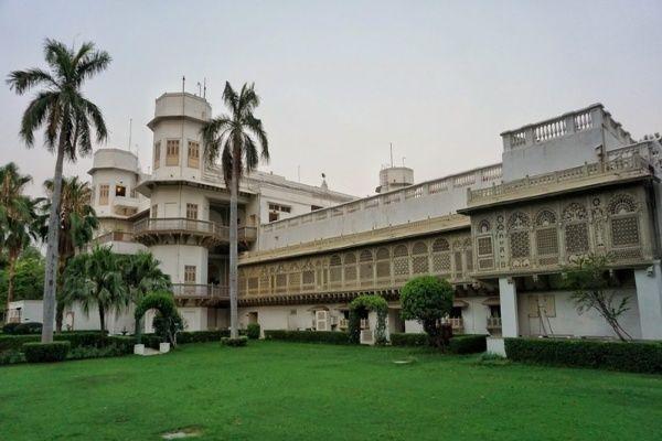 Taj Usha Kiran Palace, Gwalior- Farmhouses in Gwalior