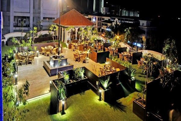 Valentine's Day Venues Across the West of India
