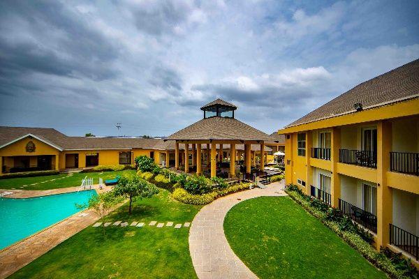 Destination Wedding in Tropical Retreat Resort, Igatpuri