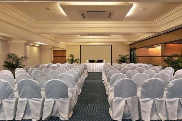 Fortune Inn Haveli, Sector 11- Banquet Halls in Gandhinagar