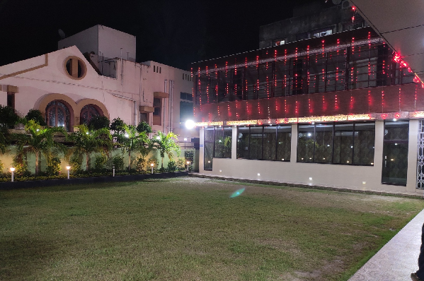 Holi in Kolkata in Shantiniketan Garden, Tagore Park