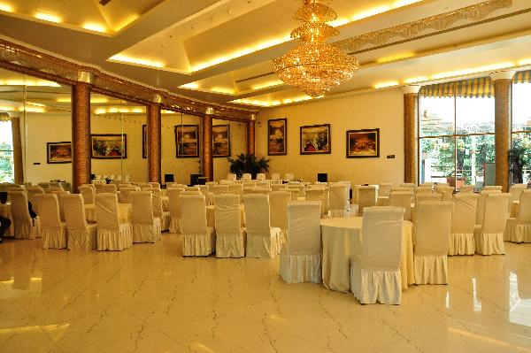 Budget Destination Wedding in