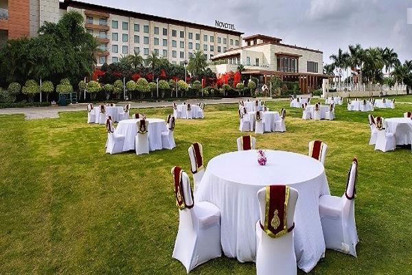Novotel Hyderabad Convention Centre, Hitech City - Open Air Party Venues in Hyderabad