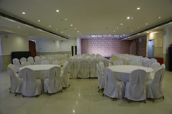 Saaral Residency, Mogappair - Banquet Hall in Chennai