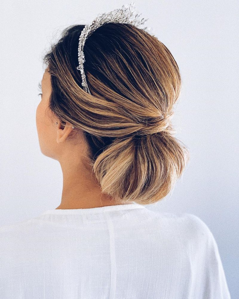 Christian Bridal Hairstyle: 8 Hairstyles For Christian Brides With Short Hair