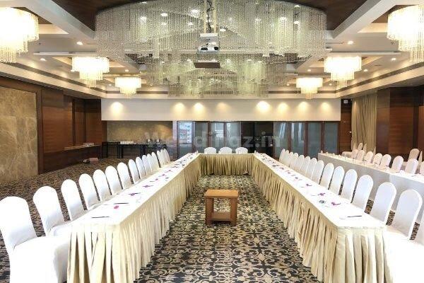 Radisson Blu Hotel, C G Road- Small Halls in Ahmedabad