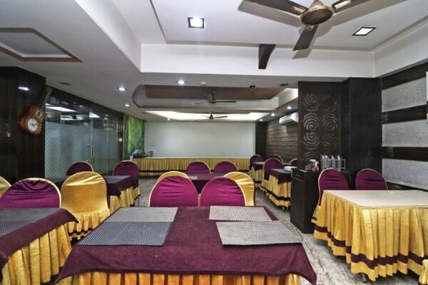 Hotel N S International, Taltala - Small Party Halls in Taltala, Kolkata