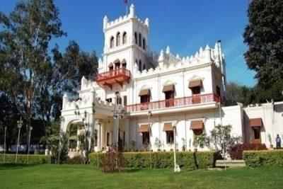 https://weddingz.in/bangalore/jayamahal-palace-palace-grounds/