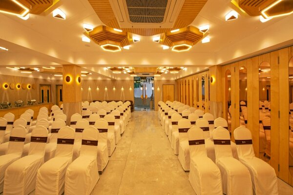 Riviera Restaurant And Banquet, Ashram Road- Wedding Halls in Ashram Road Ahmedabad