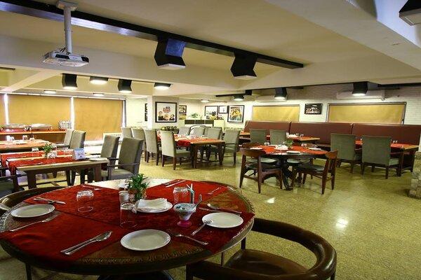 Someplace Else, Infocity- Wedding Halls in Infocity Gandhinagar