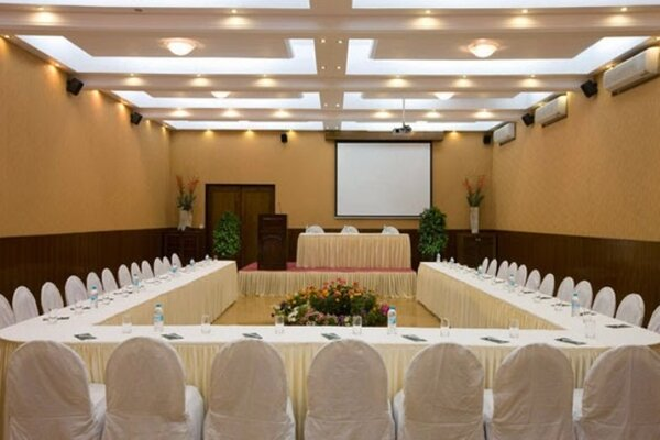 Destination wedding in Brightland Resort And Spa, Mahabaleshwar-Party Halls in Mahabaleshwar