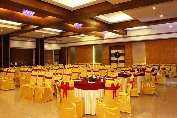 Vihang's Inn, Thane West- small halls in Mumbai