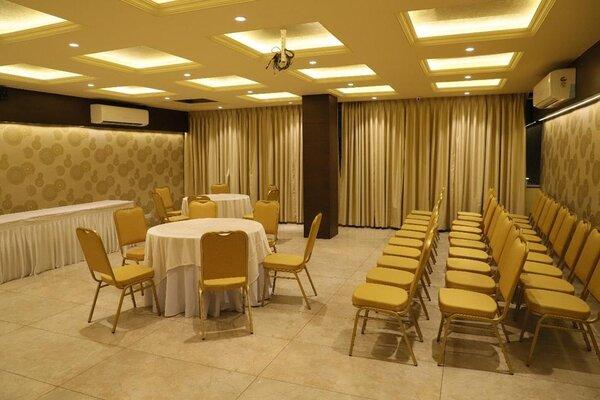 The Fiesta Banquet, Akota- Small Wedding Halls in Baroda