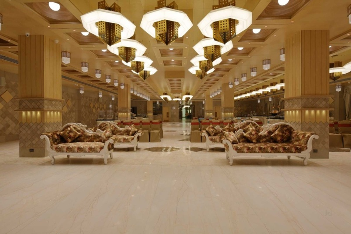 Nearby Cheap Banquet Hall in Ahmedabad To Host Events In Your Budget!