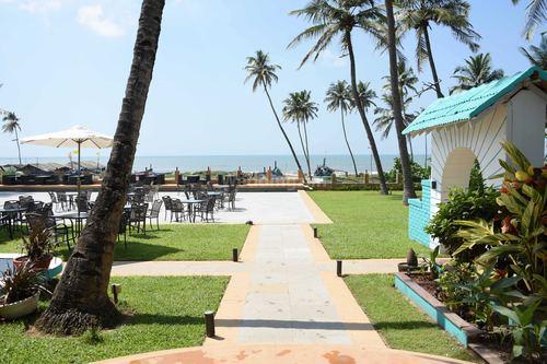Longuinhos Beach Resort, Goa