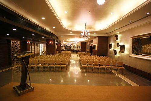 Mca The Lounge, Churchgate, Mumbai