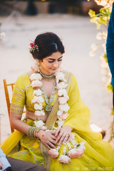 The bride carried this chic green lehenga effortlessly, setting the bar high!