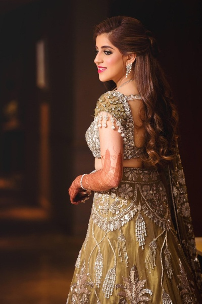 This heavily embellished dusty gold shimmery outfit is GORGEOUS!