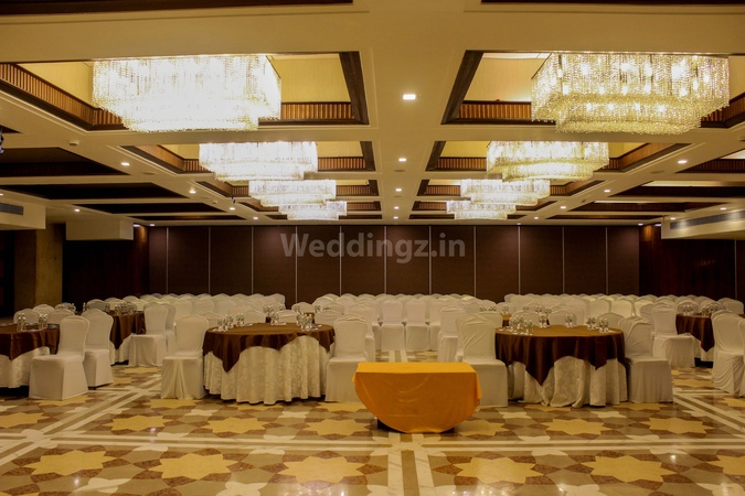 The Pride Plaza Hotel Bodakdev Ahmedabad - Banquet Hall