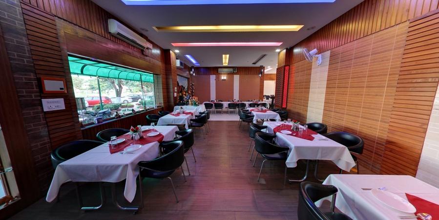 Raj Restaurant Sector 45 Gurugram - Banquet Hall