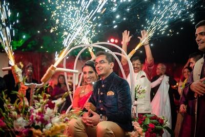 Bride groom entering in rikshaw in sangeet function