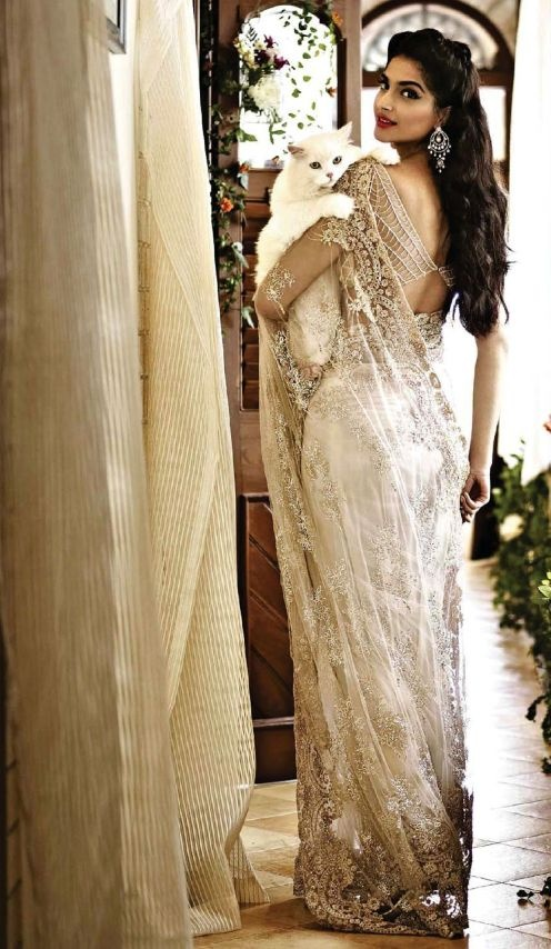 20 Designer Sarees For Wedding That You Will Love To Wear Real Wedding Stories Wedding Blog