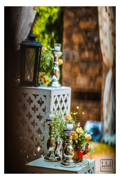 rustic floral decor ideas for the mehendi ceremony