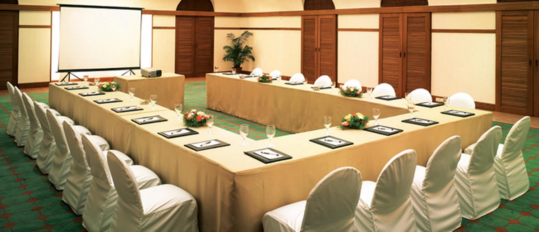Cidade De Goa Dona paula, Goa | Banquet Hall | Wedding Lawn ...