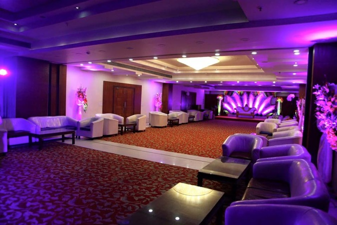 Royal Oak By Agora The Club Rajarhat Kolkata - Banquet Hall