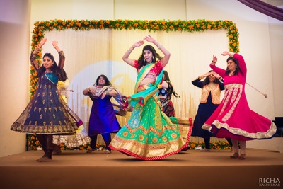 This coordinated twirl shot and Nirvi's expression is giving us an all time high!