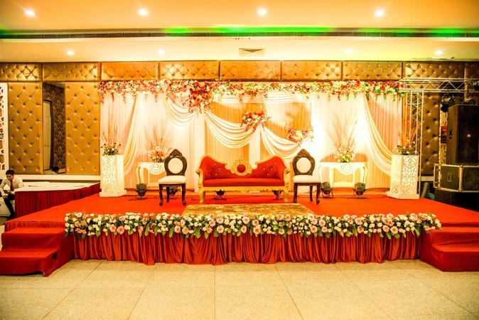 The Royal Jashn Greater Noida Delhi Banquet Hall Wedding Lawn