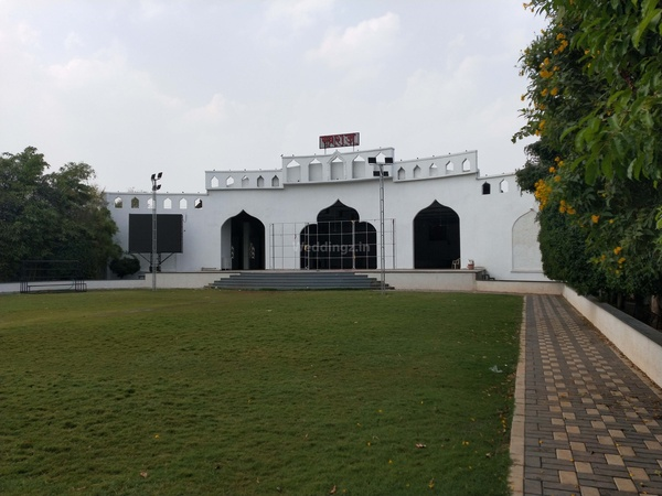 a photo of Swaraj Palace & Lawns