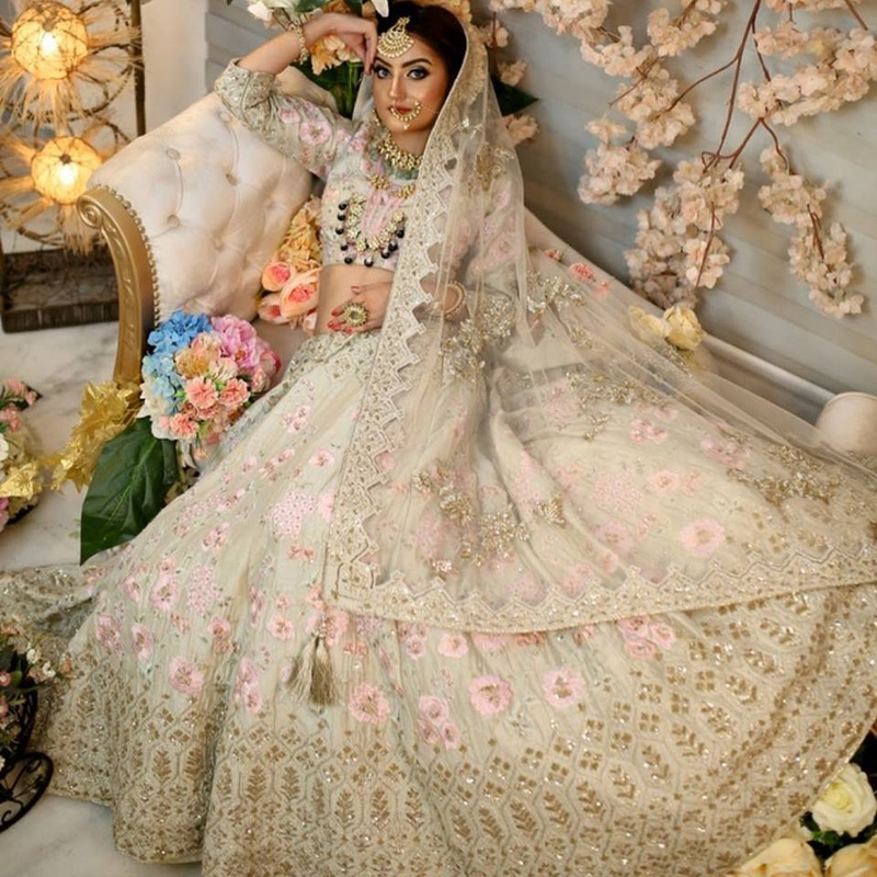 b4098f76f16f Started way back in 1982, Poshak is one of Chandigarh's oldest and most  sought after lehenga stores. This megastore has an entire floor dedicated  to bridal ...