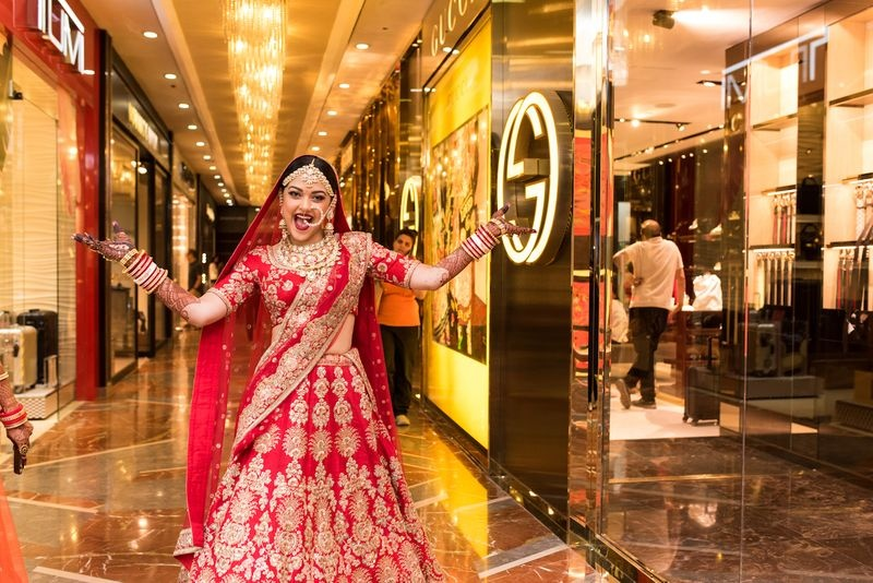 5bbeb49180f This Mumbai bride decided to hop to the nearest mall and SHOP ...